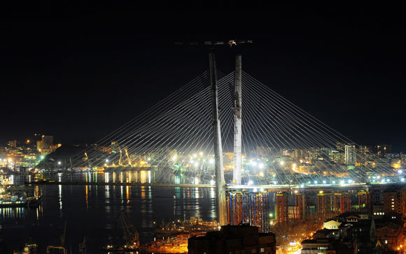 符拉迪沃斯托克市夜景 - Vladivostok night view